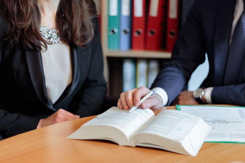 expertise et droit en matière de recours des tiers